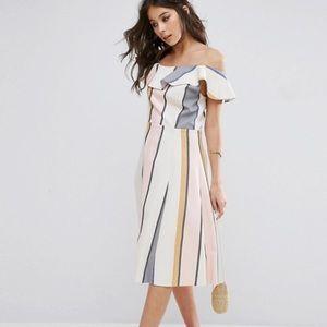 One shoulder Straps Dress